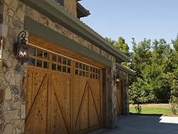 United Garage Door Service Nashville, TN 615-657-9052